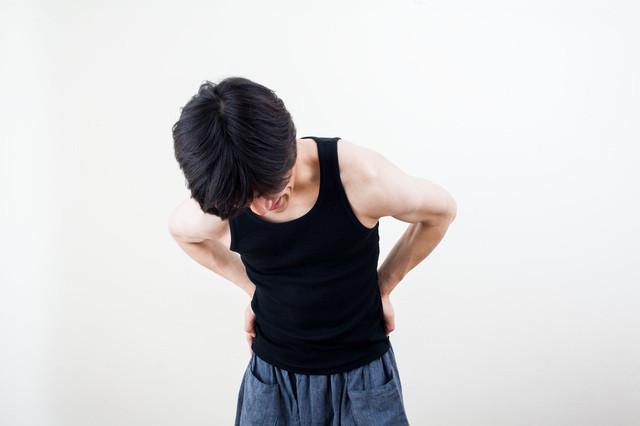 腰の痛みの画像